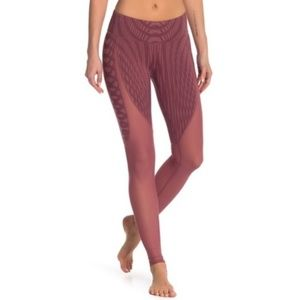 Alo Yoga Motion Leggings Grenache Pink Mesh Panels